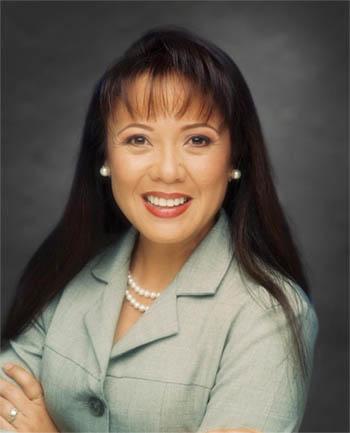 Headshot of Jana Baniaga