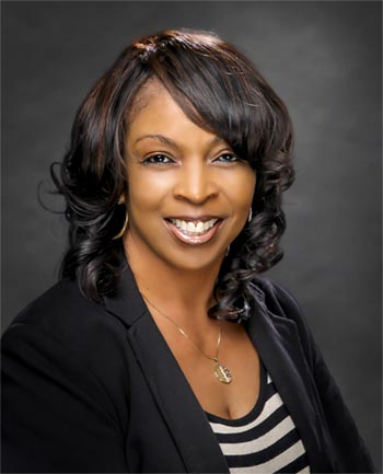 Headshot of Denise Curry