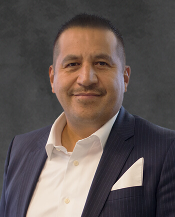 Headshot of Raul  Oseguera