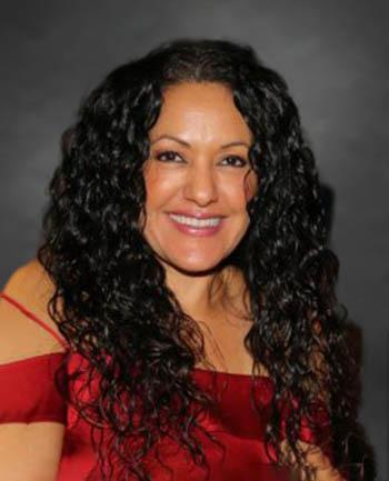 Headshot of Lisa Parra
