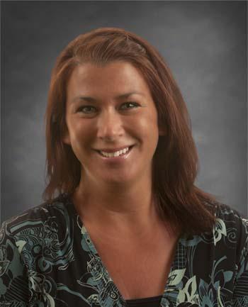 Headshot of Stephanie Richter