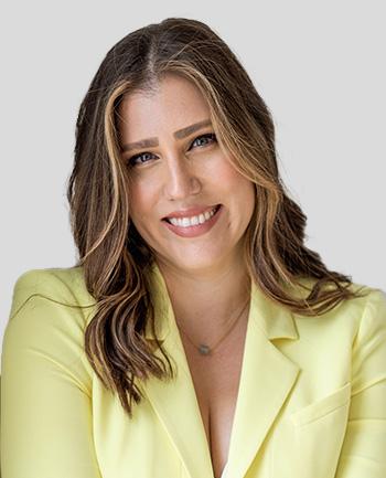 Headshot of Lizy  Hoeffer
