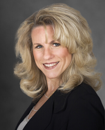 Headshot of Kathy Vasel
