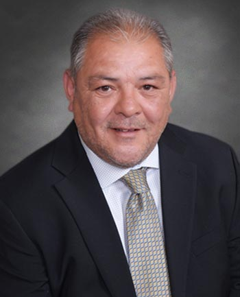 Headshot of Manny Martinez