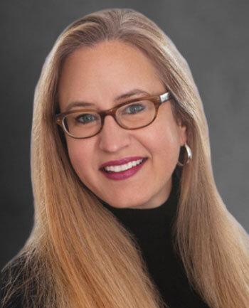 Headshot of Elizabeth  Fudacz