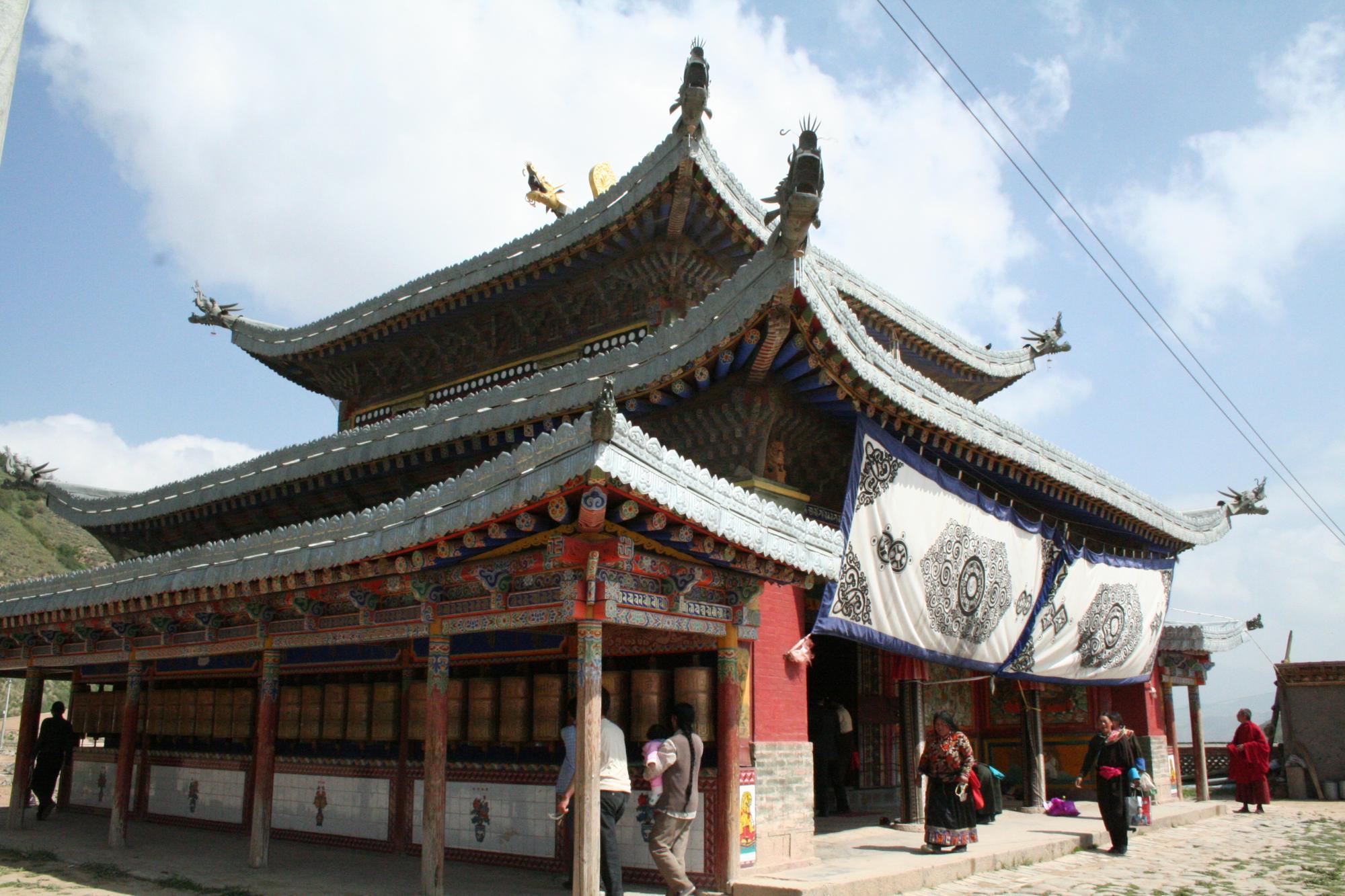 Image of Maitreya Hall, Jakhyung Monastery