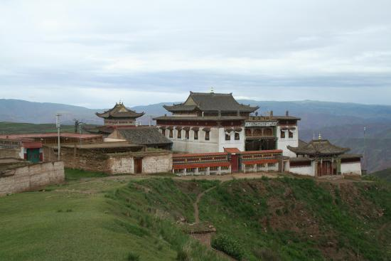 Image of Assembly Hall Exterior, Tashikhyil Monastery