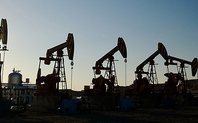 Index_oil_field_large