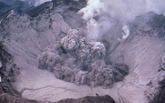 Aside_426_pinatubo_eruption