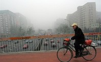 Index_air_pollution_bicycle_bridge