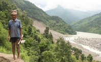 Index_nepal-landslide-man-1024x631