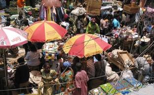 Sidebar_2005_market_lagos_nigeria_12129001-zouzou-wizman-e1411121806850
