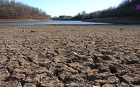 Index_california_drought_dry_riverbed_2009