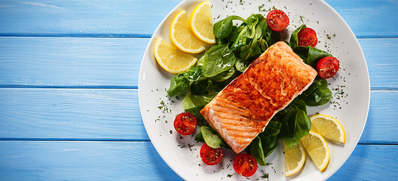 Healthy Summer Meal Salmon Cropped