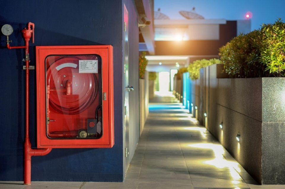 Sicurezza antincendio per edifici residenziali  ecco le principali ... 7f6a3861ea7