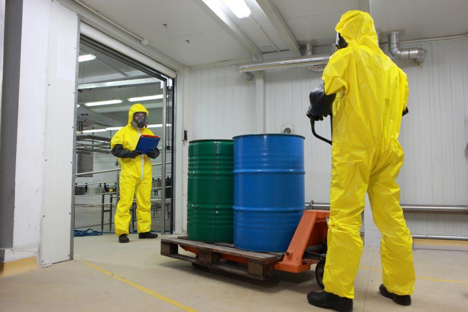 Stoccaggio rifiuti e prevenzione dei rischi: linee guida per la gestione operativa