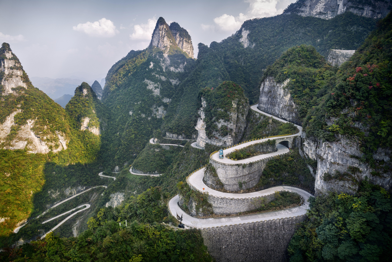 Le 12 strade più spettacolari del mondo in una gallery
