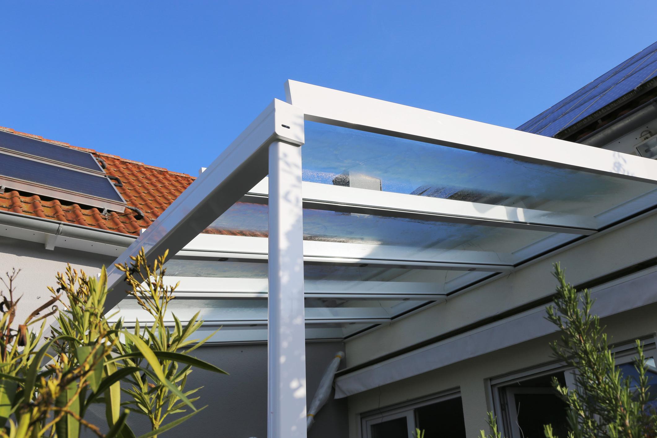 Pergolati In Legno Senza Permessi la tettoia modifica i prospetti e aumenta il carico