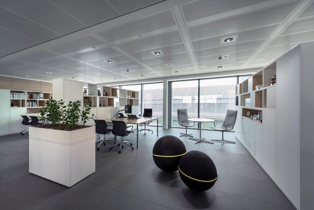 Sistemi radianti a soffitto per gli uffici tecnica e casi pratici