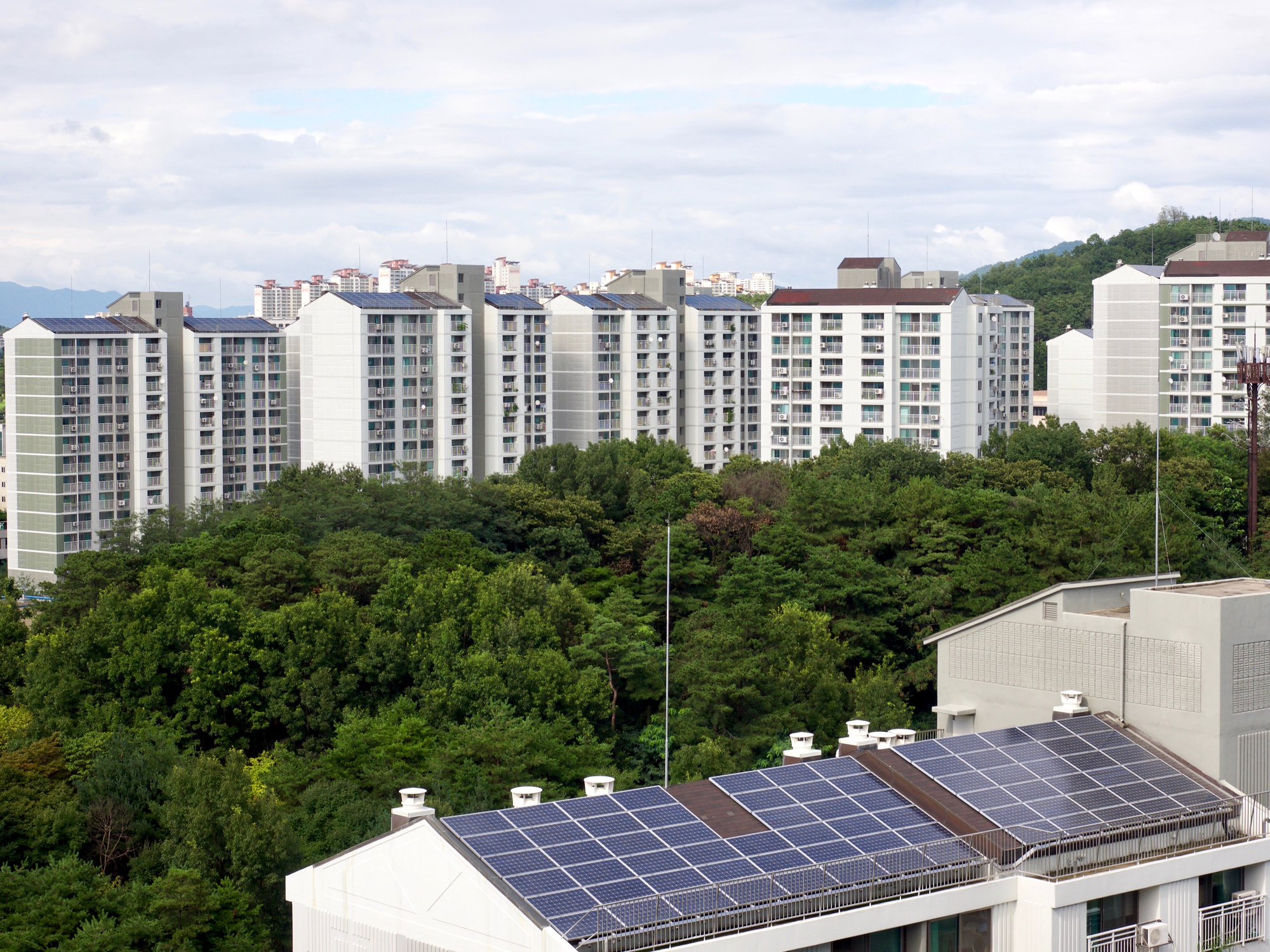 Fotovoltaico e architettura: conto energia e autorizzazioni in