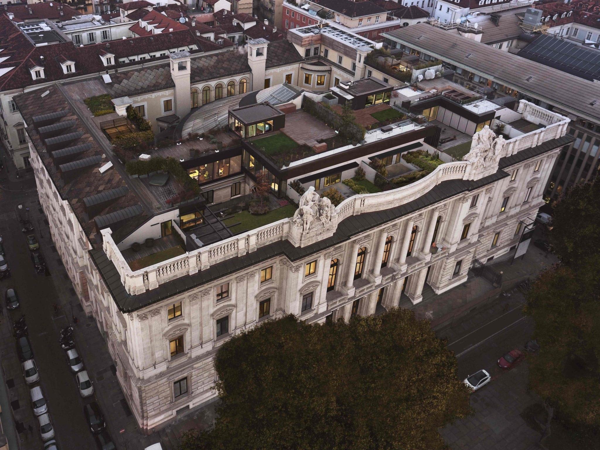 Lavoro Per Architetti Torino ristrutturato il palazzo della luce a torino: uffici e
