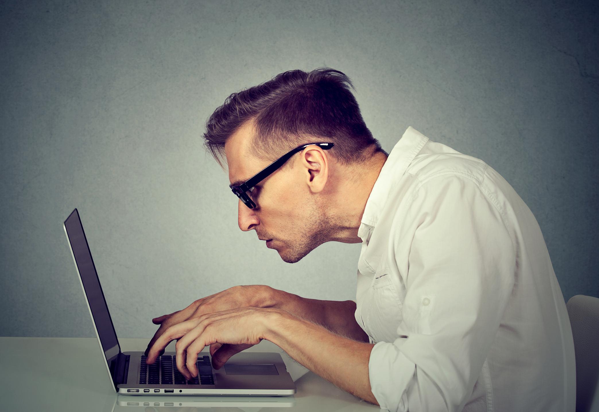 Postazione Ergonomica Per Computer ergonomia for dummies: le basi per il lavoro al computer
