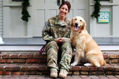 Golden Retriever Rio and her owner Elizabeth Hoettels