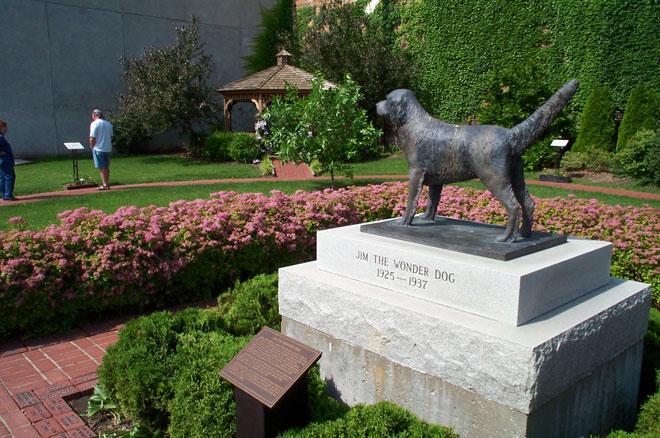 dog memorials