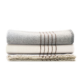 Plat Wool Throw - Natural with Grey