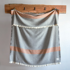 Plat Wool Throw - Natural with Grey/Rust