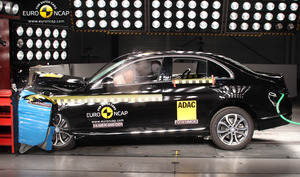 Mercedes-Benz C-Class | 5 Star ANCAP Safety Rating