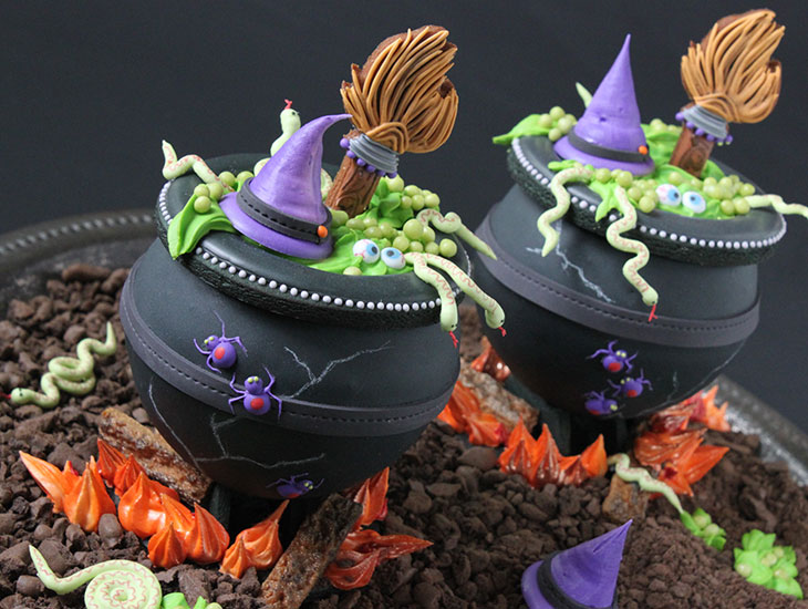 3-D Cauldron Cookies