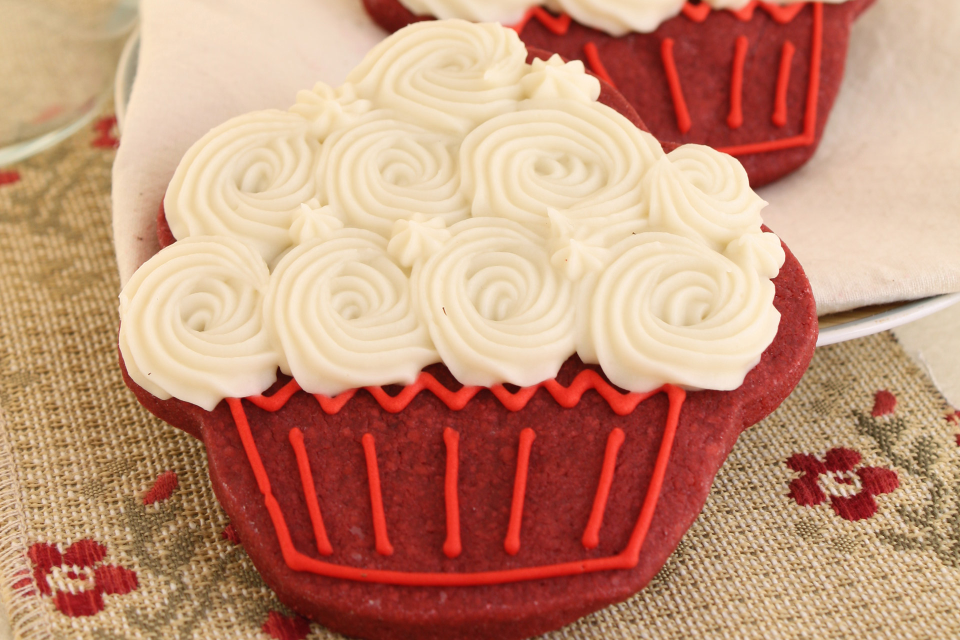 Red Velvet Cookies With Cream Cheese Frosting Photo