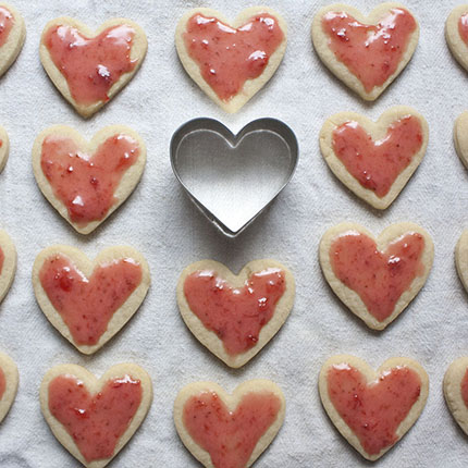 Nesting Hearts Cookie Cutter Gift Set