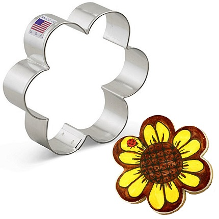 Scalloped Edge / Flower Cookie Cutter
