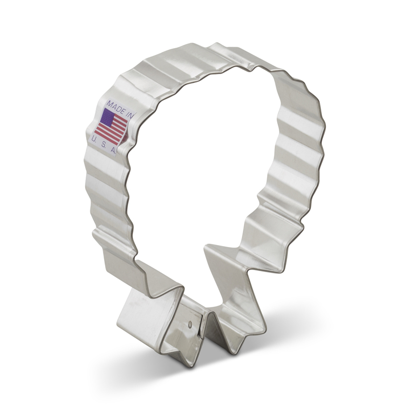 Wreath w/ Bow Cookie Cutter