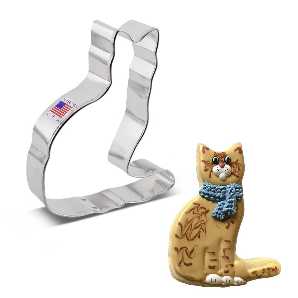 Cat w/ Tail Cookie Cutter