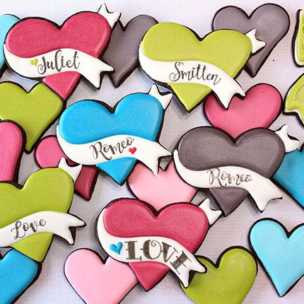 LilaLoa's Banner Heart Cookie Cutter