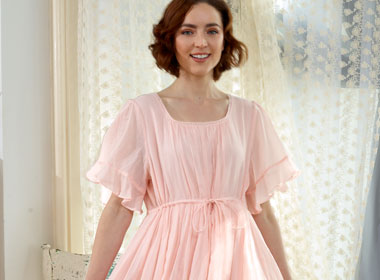 Nighties & Dressing Gowns