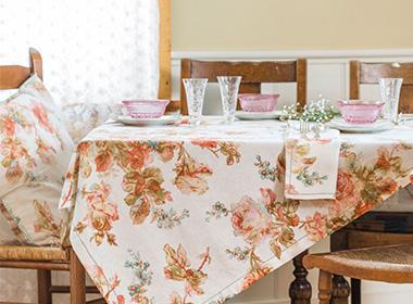 Kitchen & Linens