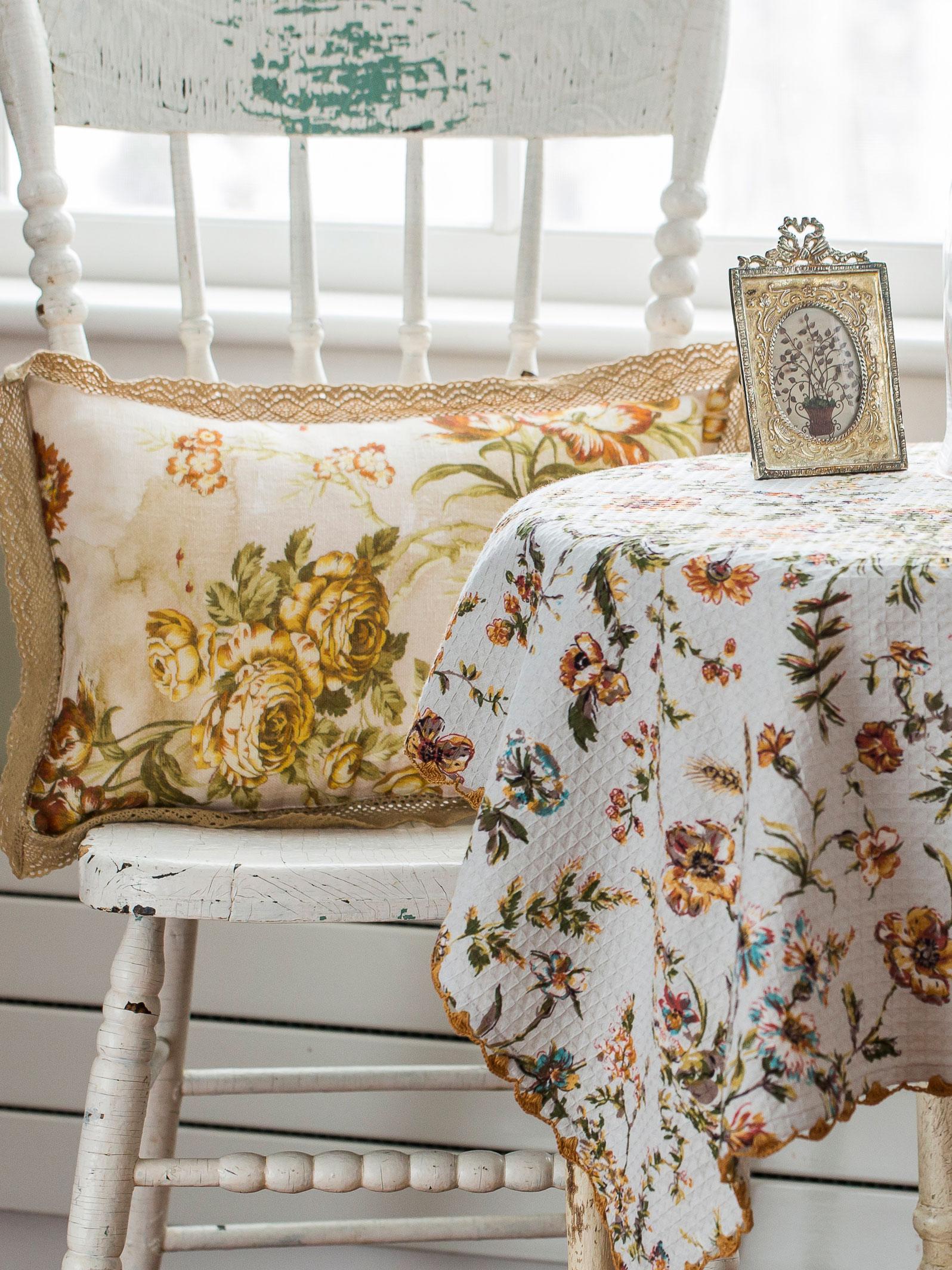 Conservatory Linen Cushion