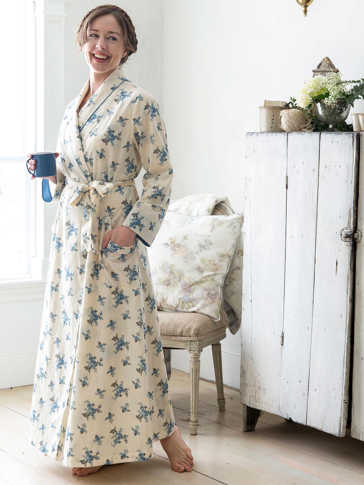 Shy Rose Dressing Gown · Alternate2 1859847ee0