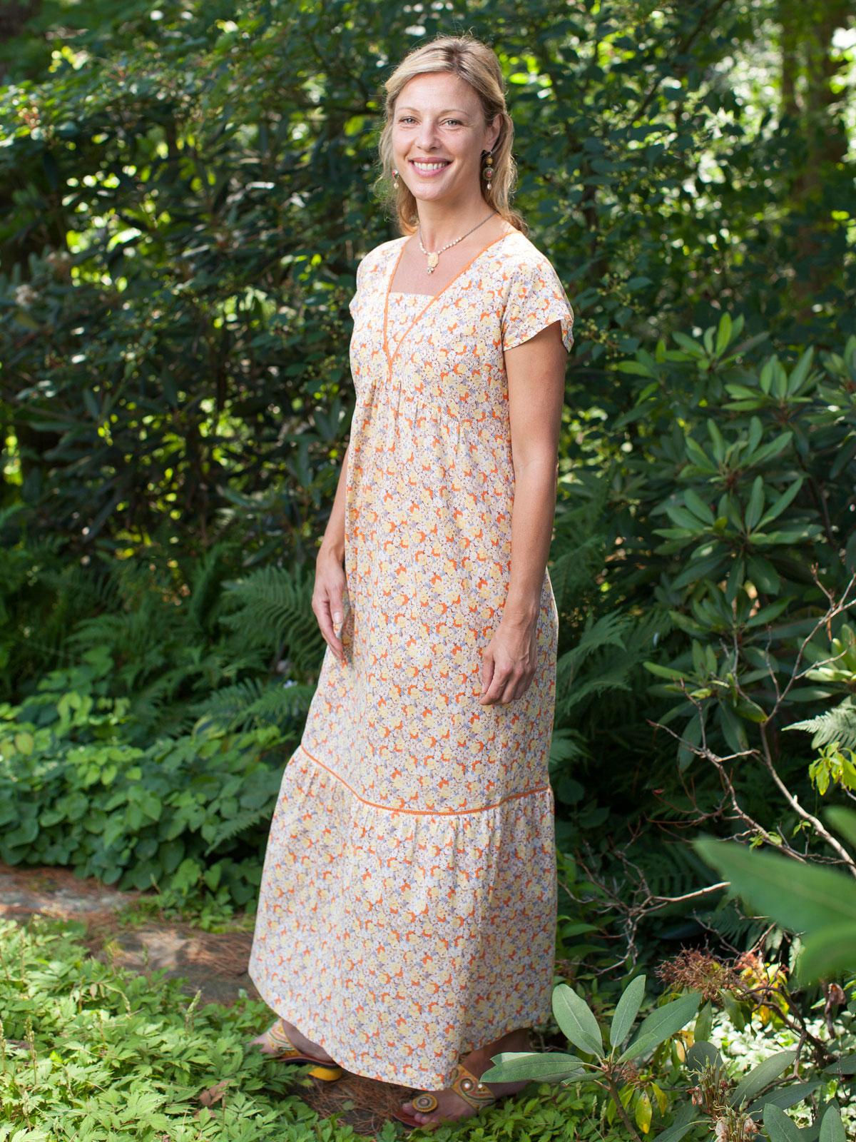 Summertime Ladies Dress | Attic Sale, Ladies Attic :Beautiful ...