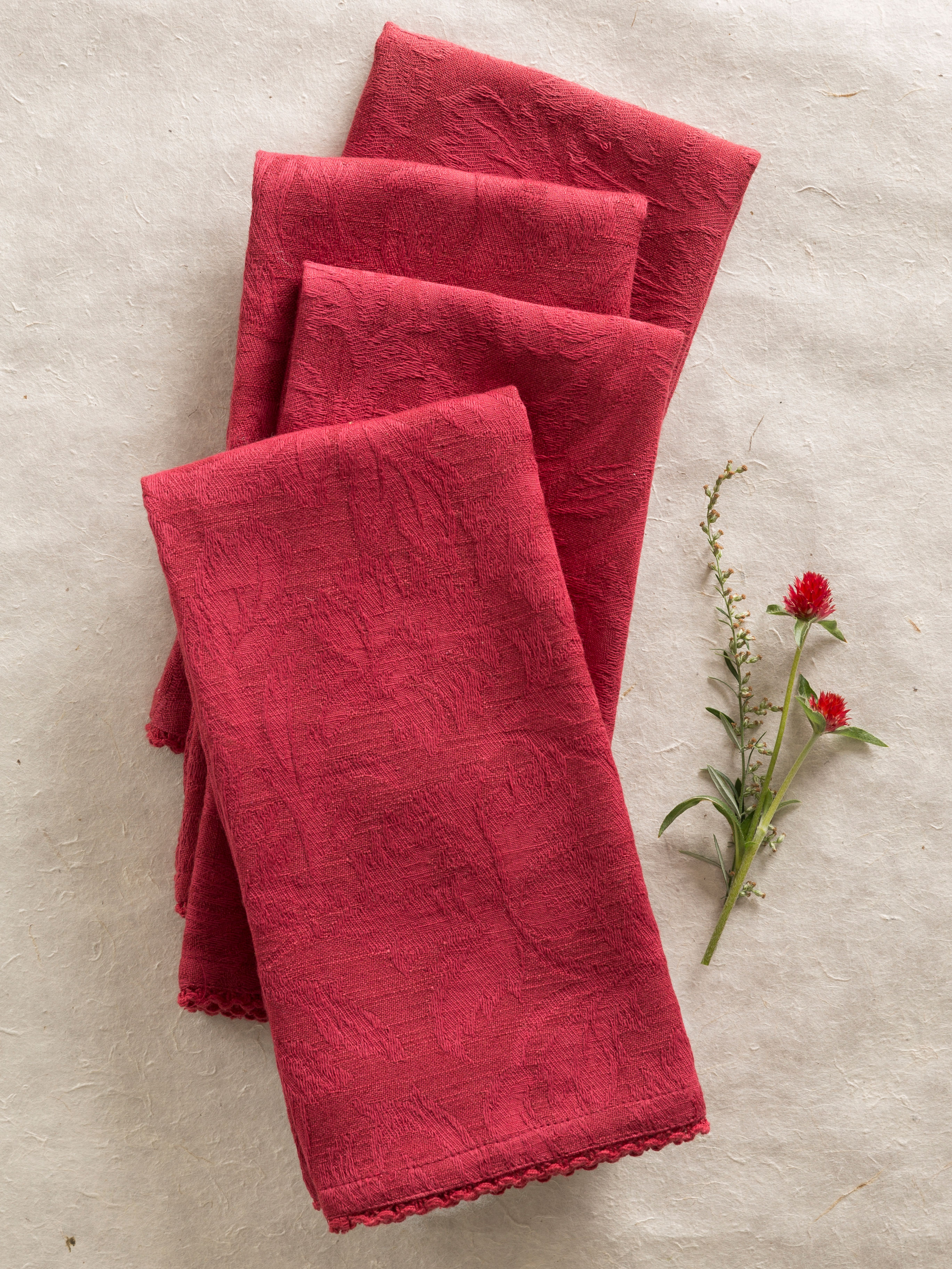 Luxurious Linen Jacquard Napkin Set of 4 - Cranberry