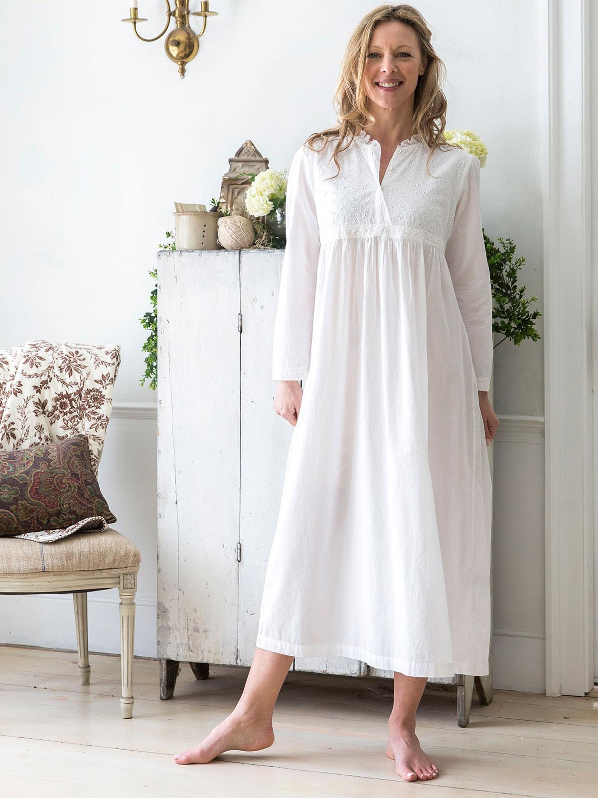 Evie Nighty | Ladies Clothing, Nighties & Dressing Gowns :Beautiful ...