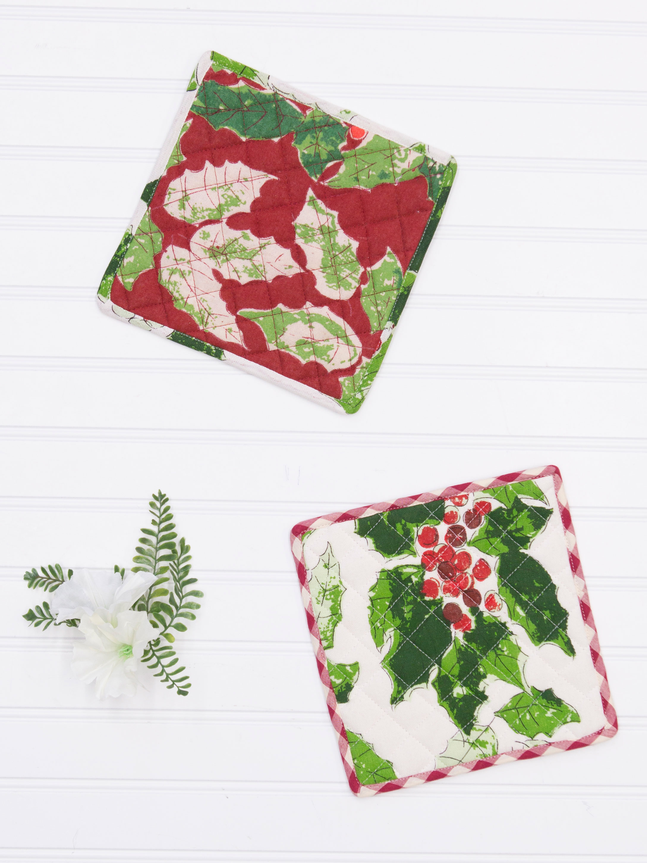 Merry Maker's Patchwork Potholder Set of 2