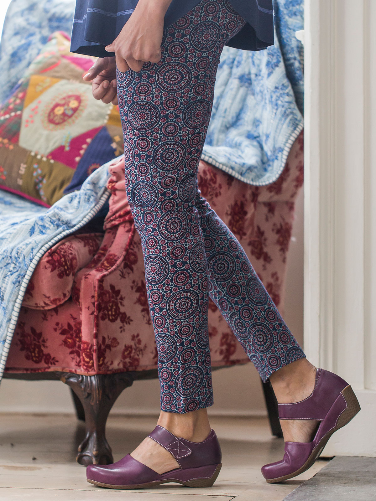 Mandala Legging Attic Sale Ladies Attic Beautiful Designs By April Cornell