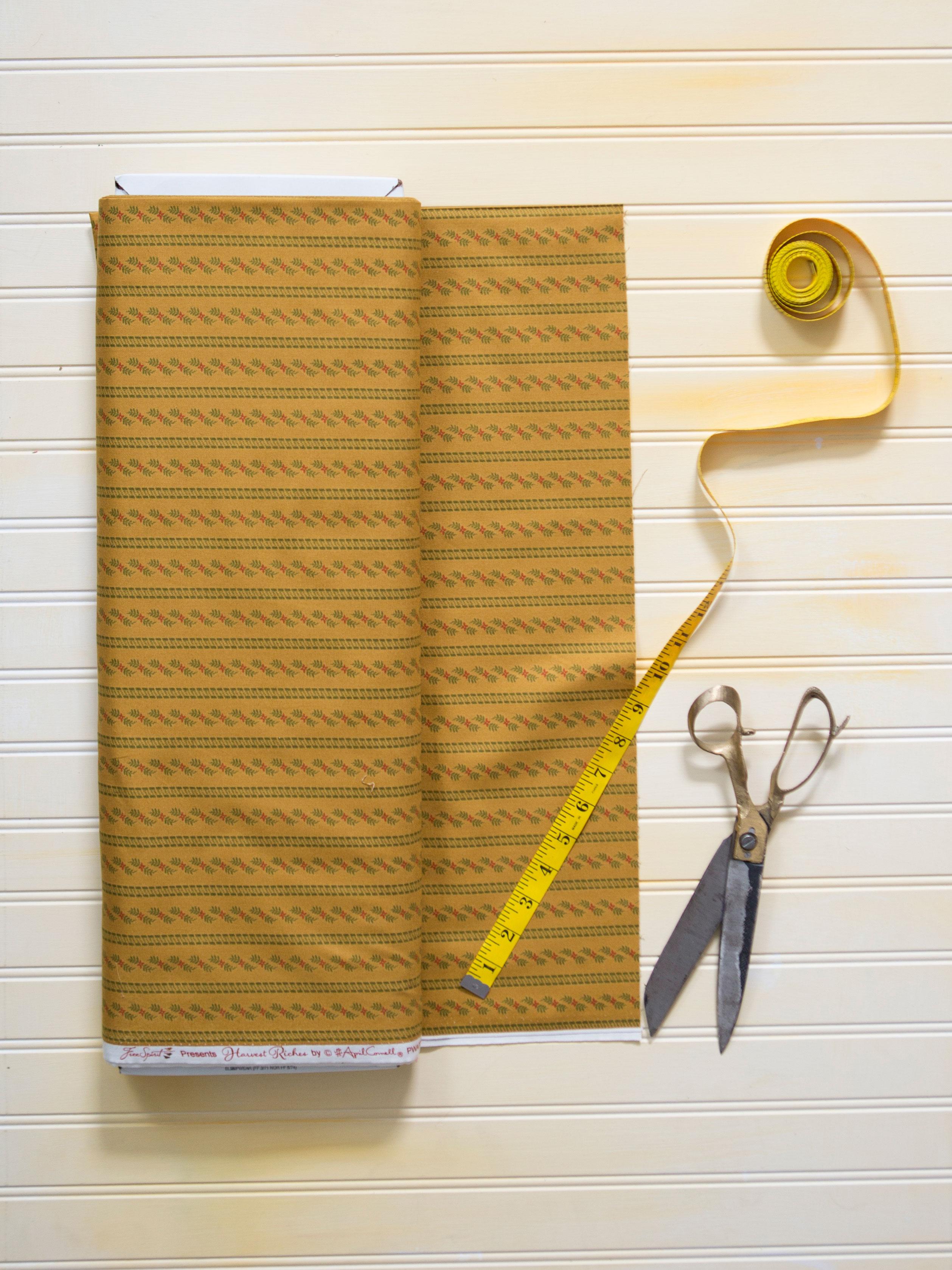 Ivy Fabric - Gold