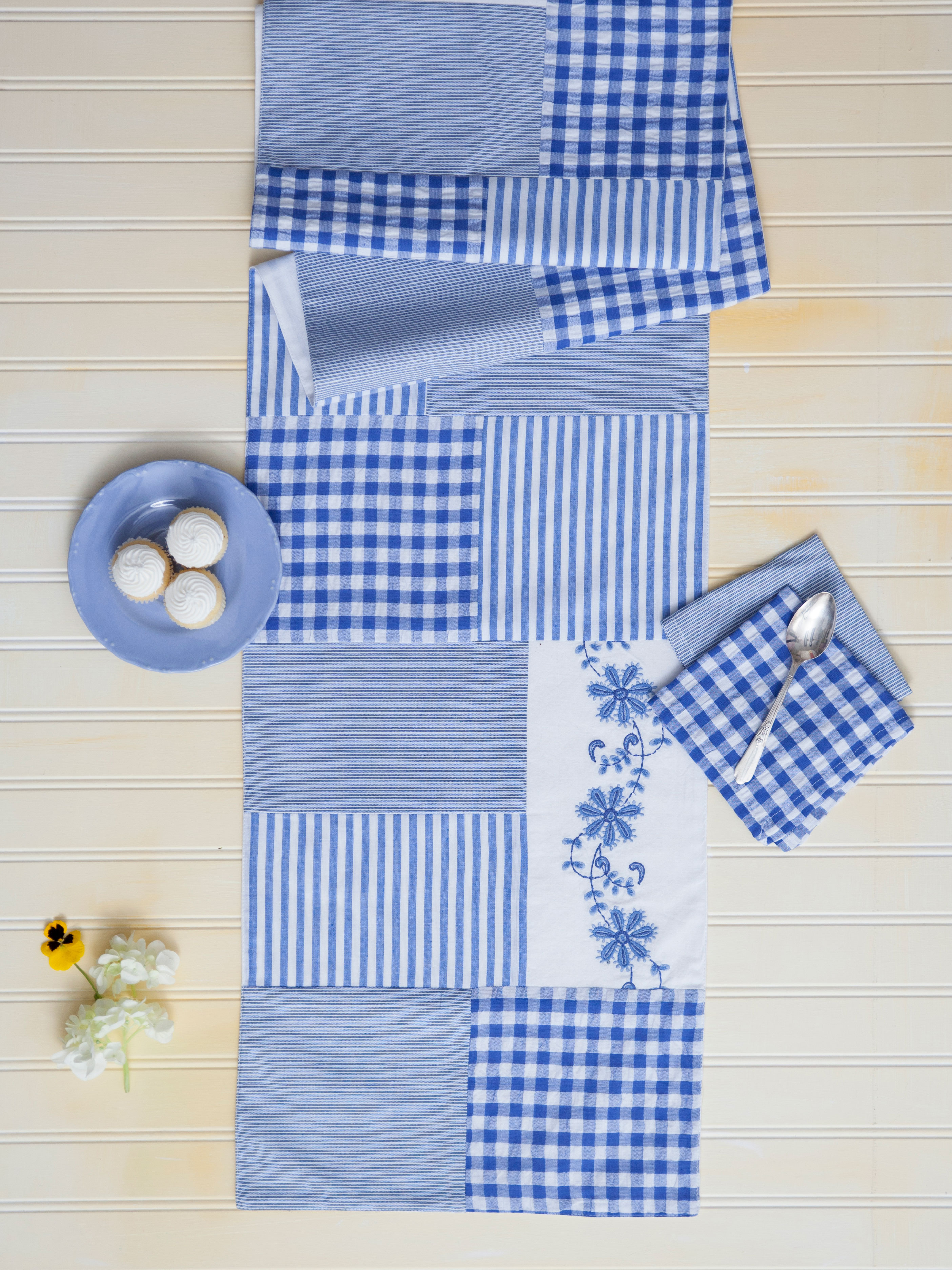 Picnic Patchwork Runner