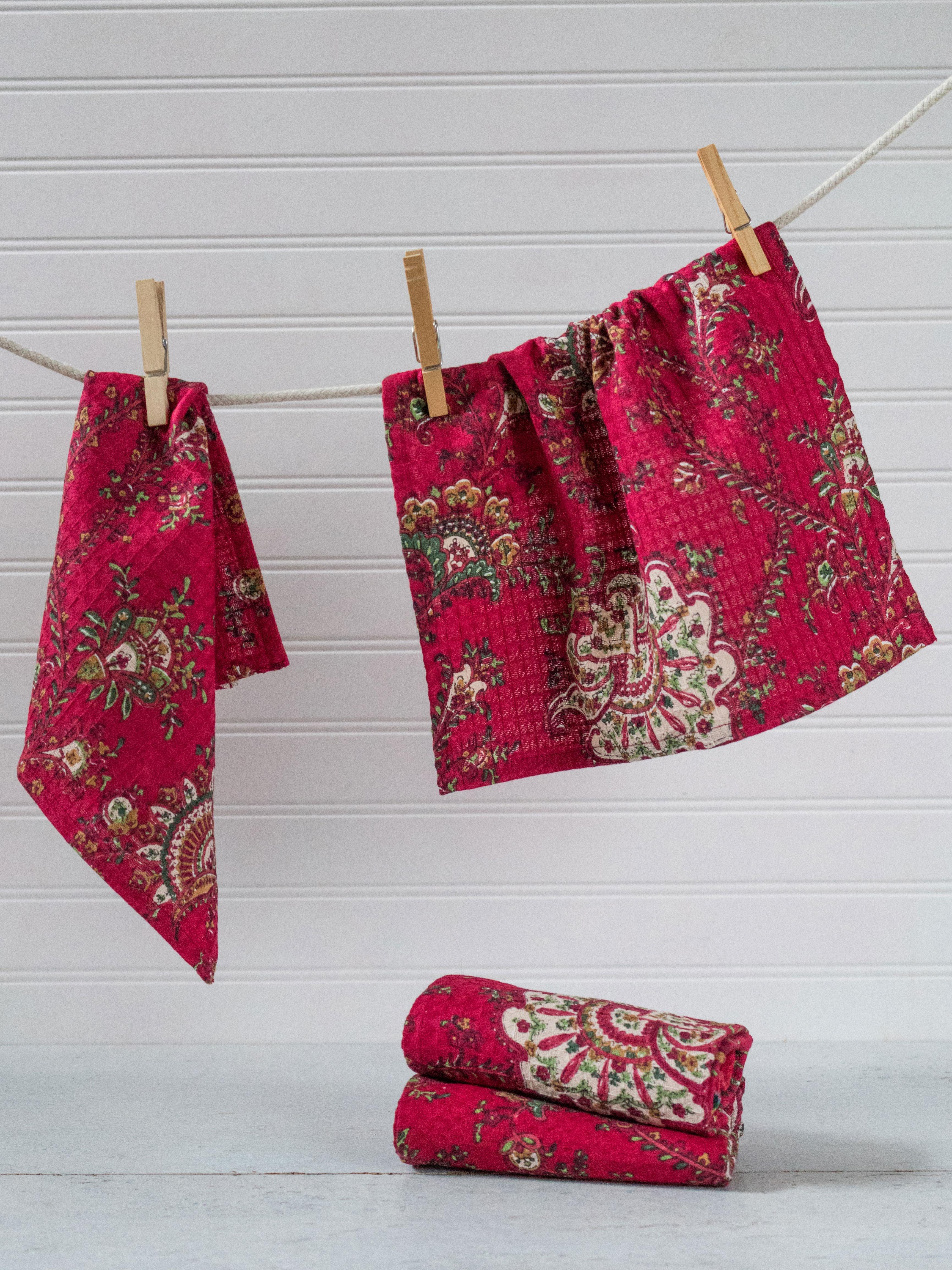 Empress Paisley Tiny Towel